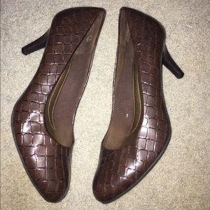 """Comfort Plus 2"""" heels"""
